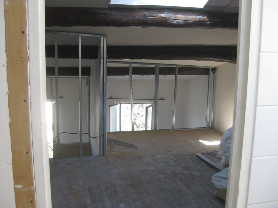 Création de 4 studios dans un appartement duplex de 100 m².