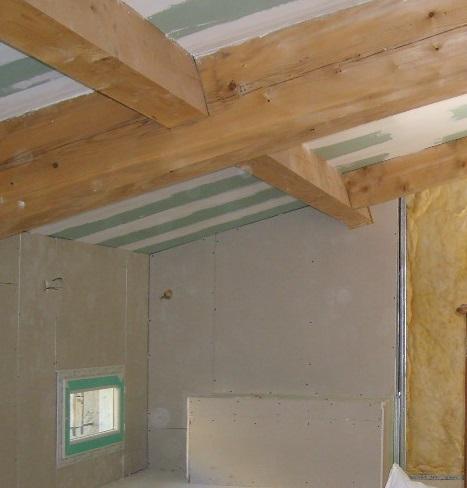 Isolation de la toiture en plafond rampant