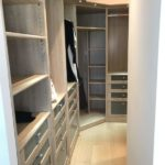 creation et amenagement d'un dressing dans un appartement renove par Cprim