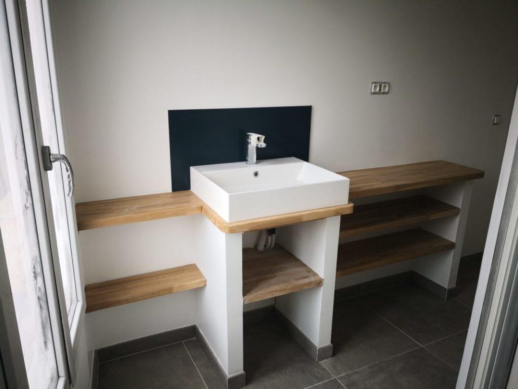 salle de bain renovee t3 cours julien a marseille 13006